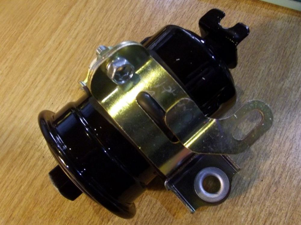 Fuel Filter with bracket, Mitsubishi FTO 1.8, 2.0 all models